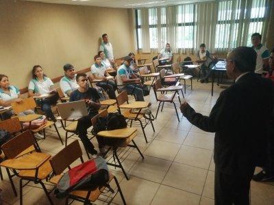 """<a href=""""/noticias/se-garantiza-el-derecho-la-educacion-en-morelos-durante-la-contingencia"""">Se garantiza el derecho a la educación en Morelos durante la contingencia</a>"""